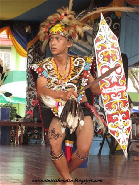 tato dayak kaltim impian istikmalia 78 pekan budaya birau 2012 kabupaten