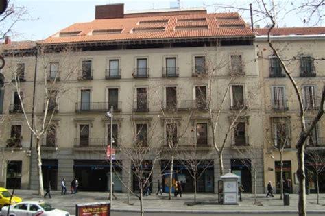 busco compa era de piso en madrid la caixa vende su joya inmobiliaria en madrid el edificio