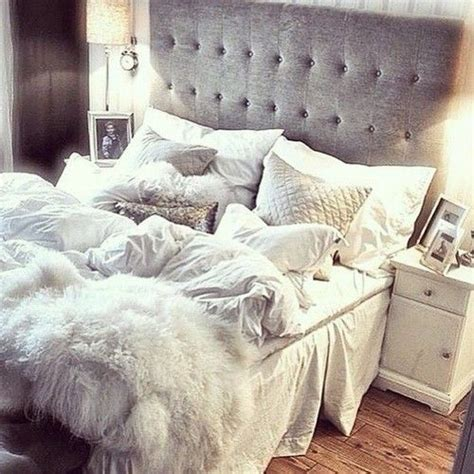 fluffy white comforter best 20 queen bedding ideas on pinterest