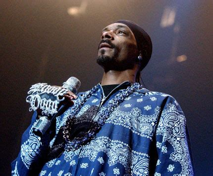 Snoop Dogg Banned From The Uk by Government Launch New Bid To Ban Snoop Dogg From The Uk