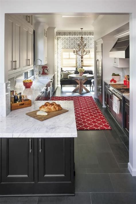 Traditional Kitchens From Jennifer Dyer On Hgtv Black Kitchen Cabinets White Top Black Bottom