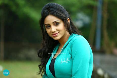 malayalam film narasimham actress name picture gallery malayalam stills thilothama malayalam