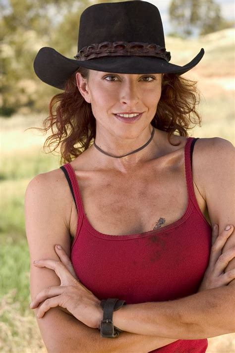 marion lee simmone as quot stevie quot on mcleod s daughters
