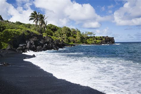 black sand beach the big island hi best big island activities 10 things to do on the big island