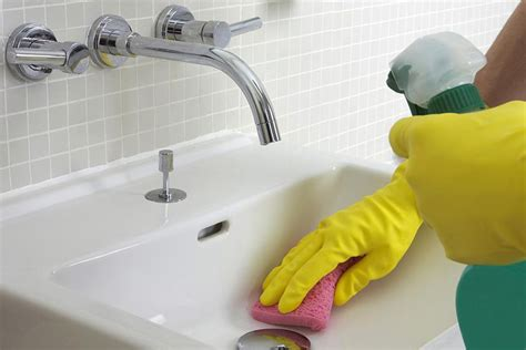 cleaning kitchen faucet how to clean bathroom and kitchen sink faucets