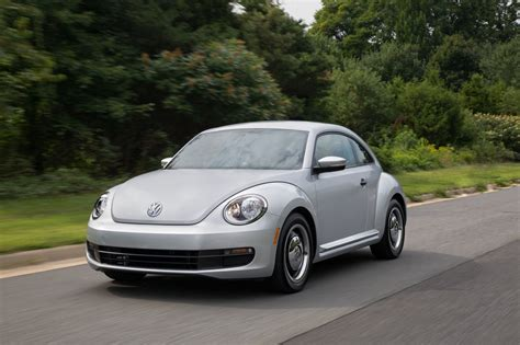 beetle volkswagen 2015 2015 volkswagen beetle photo gallery autoblog