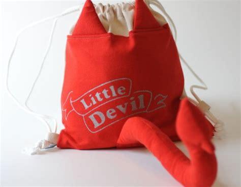 Dress Kid Arcia Merah merah mudah s upcycled backpacks make dress up last year inhabitots