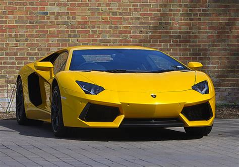 Lamborghini Aventador Hire Uk Lamborghini Aventador Limo Hire Sports Car Hire