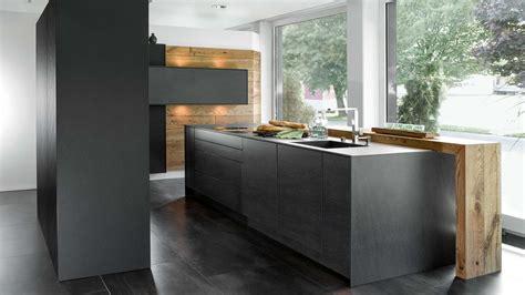 Küche Mit Kochinsel Und Theke 2476 by K 252 Chen Mit Insel