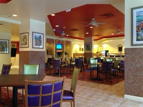 Comfort Suites Maingate by Breakfast Area Picture Of Comfort Suites Maingate East