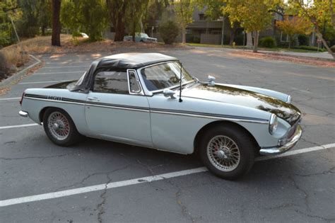 Miata Seat Upholstery 1966 Mgb Roadster Mark 1 Restored And Running Strong