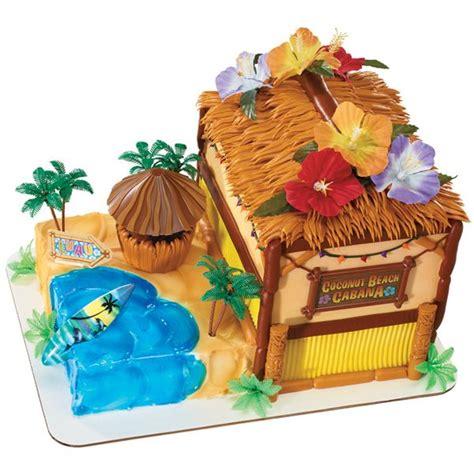 Tiki Hut Cake 600px