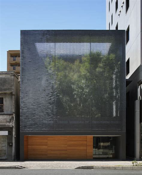 glass wall house 1 e architect glass optical house an urban oasis japanese architecture