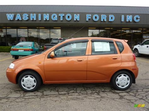 chevrolet aveo 2004 hatchback 2004 spicy orange chevrolet aveo ls hatchback 36622630