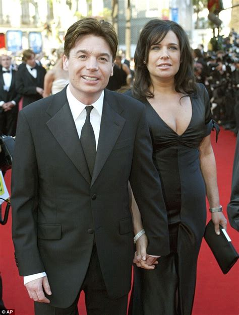 mike myers family mike myers and wife kelly they welcome baby daughter