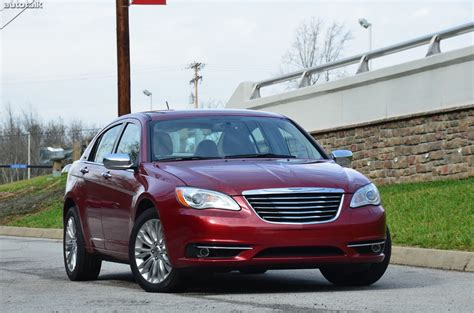 2011 chrysler 200 review 2012 chrysler 200 limited review autotalk