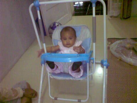 Kursi Ayunan Untuk Bayi Sewa Kursi Makan The Ab S Fam Simplicity
