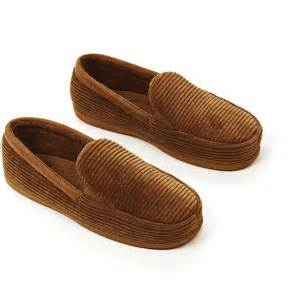 dearfoams bedroom slippers dearfoams men s cord moccasin slippers walmart com