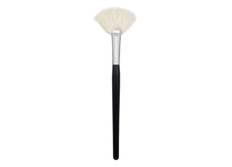 morphe fan brush m310 black friday makeup deals including mac and benefit