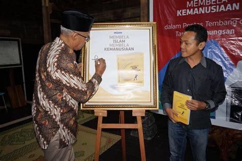 Buku Membela Islam Membela Kemanusiaan Fajar Riza Ul Haq islam tak berwajah muram durja geotimes