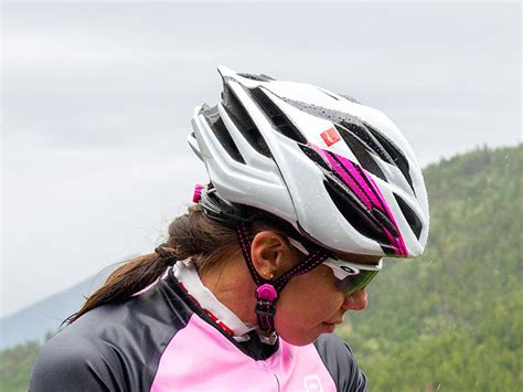 best bicycle helmet 10 best cycle helmets the independent