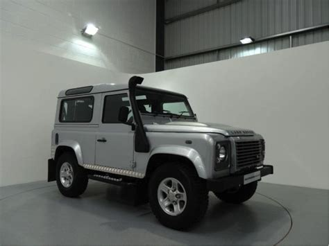 land rover dubai land rover service dubai s options for performance