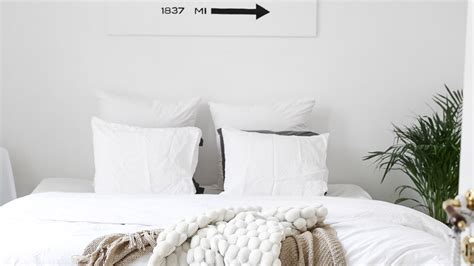 all white bedroom decor 33 all white room ideas for decor minimalists stylecaster
