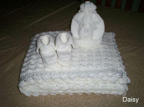 modele de couverture tricot pour bebe gratuit 10
