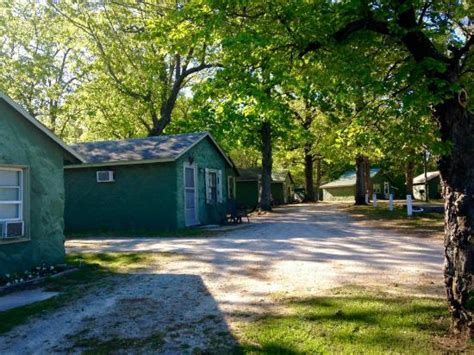 Cassville Mo Cabins by Oak Hill Court Rv Park Updated 2017 Prices Reviews