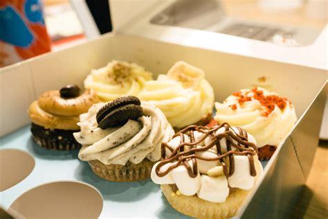Cupcake Bakery by Cray Lola S Kitchen Bakery Cupcakes Cakes