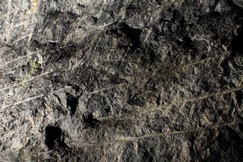 bed rock the surrounding bedrock posiva