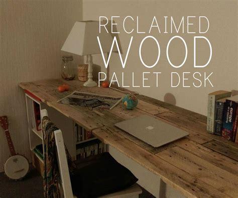 reclaimed wooden pallet desk diy pallet ideas