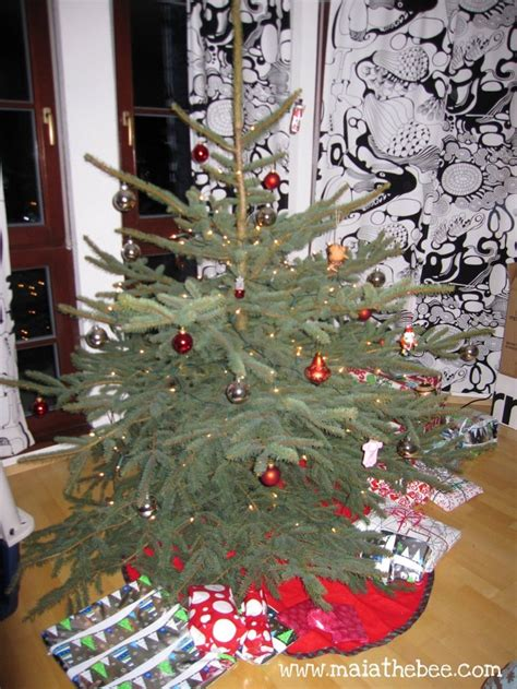 large charlie brown christmas tree 1000 images about brown tree on
