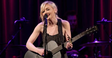 emily kinney music video walking dead alum emily kinney previews new music
