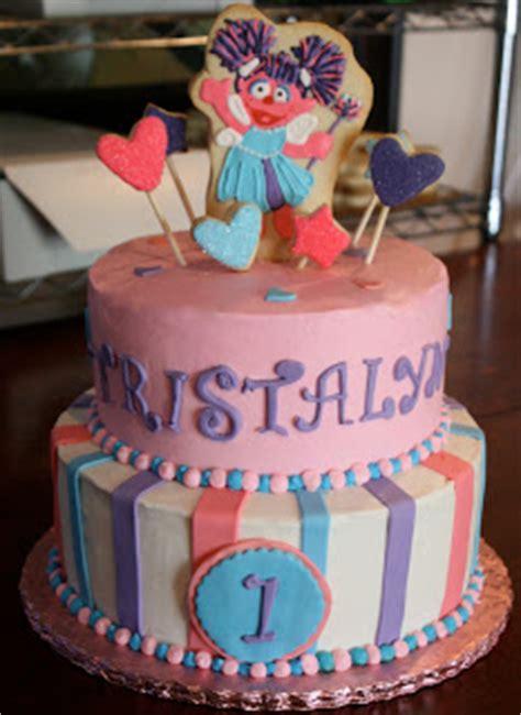 Cupcakes Wedding Tni custom cookies cupcakes and cake cakes cupcakes