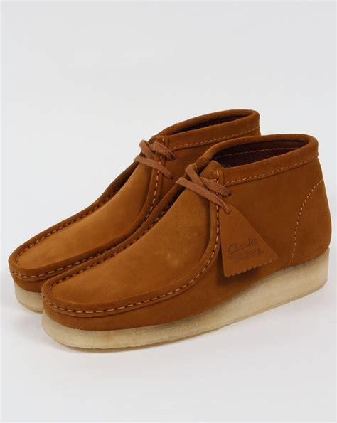clarks wallabee boot clarks originals wallabee boot bronze suede moccasin mens