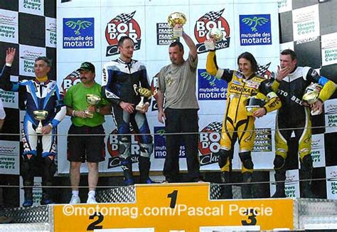 baumann möbel bol d or classic triumph en pointe moto magazine