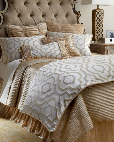 luxury bedding coverlets luxury quilts coverlets at neiman marcus