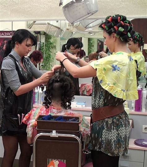 italian domme in hair curlers 1000 images about salon boi s on pinterest