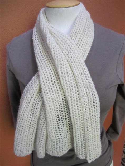 how to knit a muffler for beginners 10 easy scarf knitting patterns for beginners