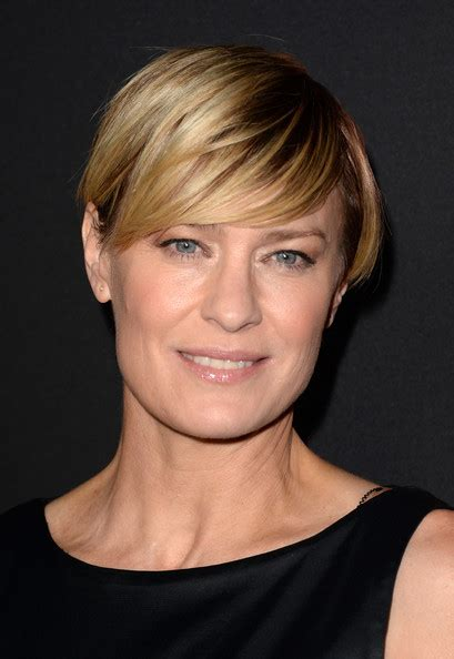 robin wright tracheotomy scar 1st name all on people named sakina songs books gift