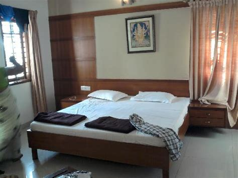 rooms at tirumala sri padmavathi guest house tirupati hotel reviews photos rates tripadvisor