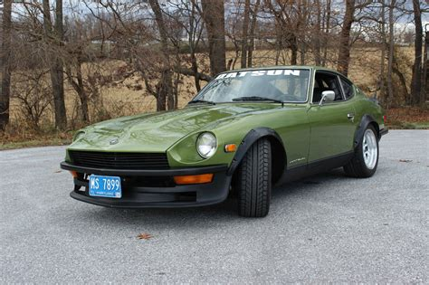 restored datsun beautifully restored and modified 1972 datsun 240z
