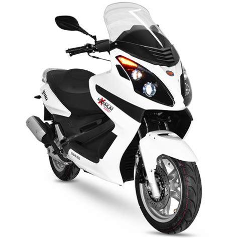 yuki motor  benzinli scooter modelleri