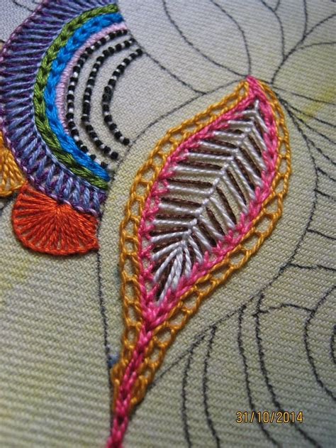Handmade Embroidery Stitches - 25 best ideas about embroidery stitches on