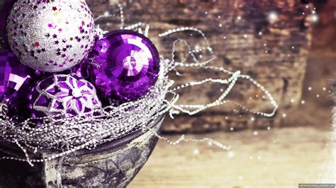 christmas wallpaper violet christmas decorations purple ball hd wallpaper new hd