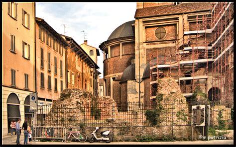 piazza duomo pavia file pavia resti torre civica piazza duomo jpg