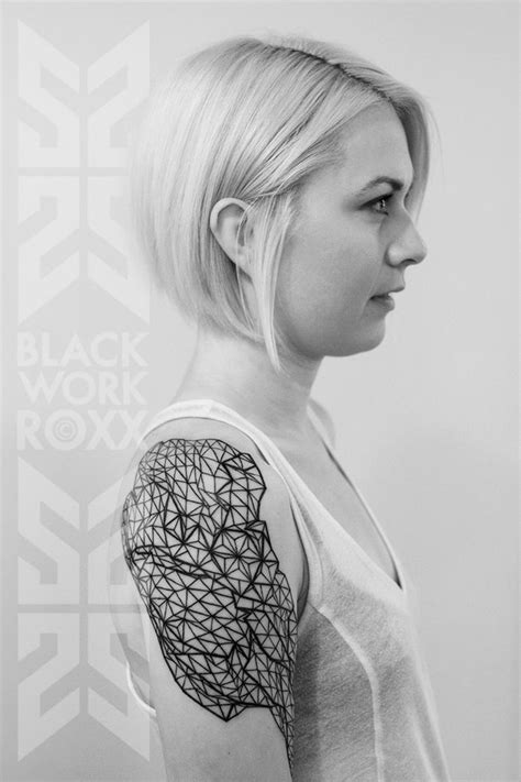shoulder pad tattoo innovative geometric inspiration