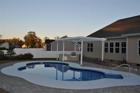 swimming pool and spa builder outdoor kitchens