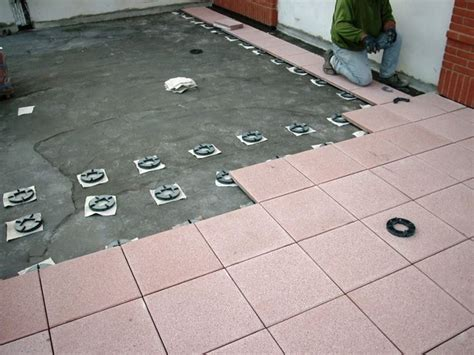 piastrelle per balconi esterni prezzi mattonelle per terrazzo esterno prezzi